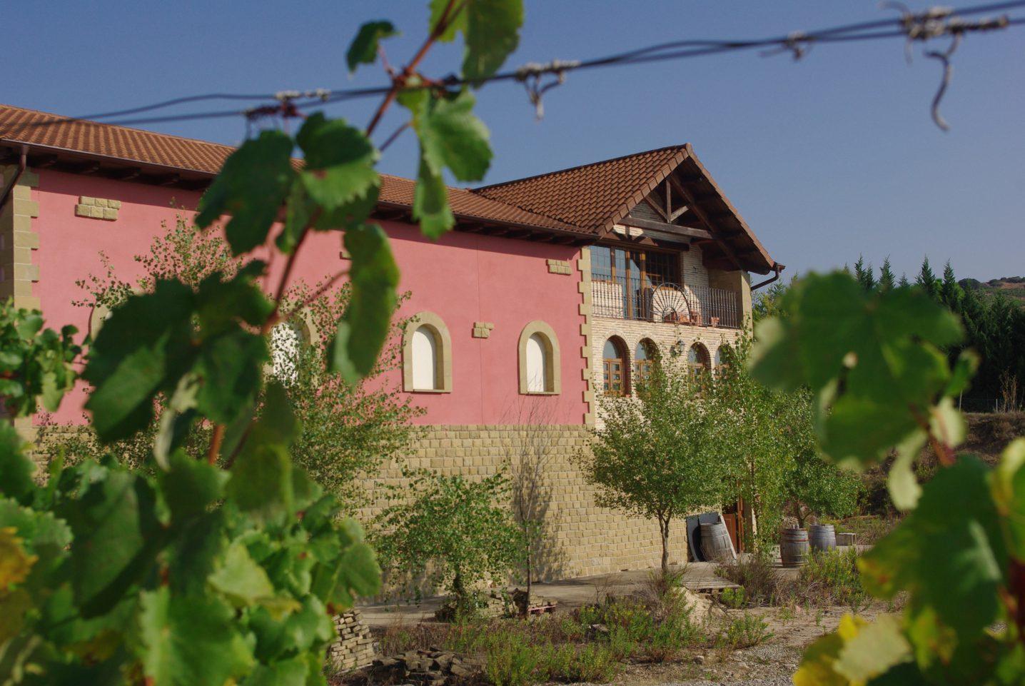 Bodega Cenicero Vitícola fabricante de Vino Rioja